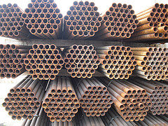 cheap steel pipe, round tube, steel cattle fence, steel cattle fence, fence for the ranch, fence pipe, coiled tubing, straightened coiled tubing, good used steel pipe for sale