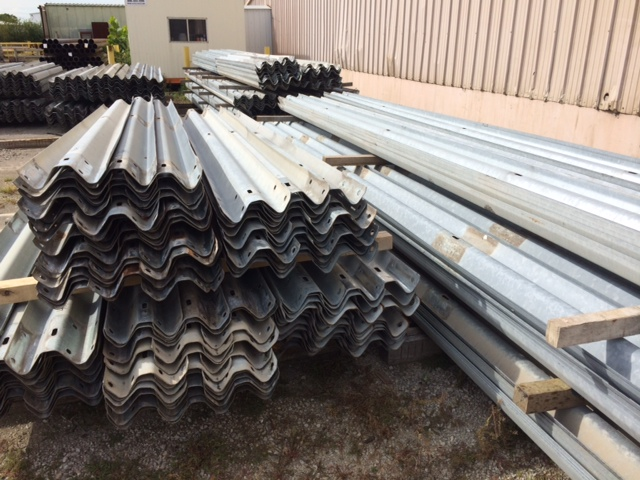 used guardrail, pipe and guardrail for sale, used highway guardrail for sale, guardrail in Kansas City, where to buy used highway guardrail, cattle guard, used guardrail in Iowa, used guardrail for sale in Missouri, guardrail used to make a fence, fence made out of used highway guardrail